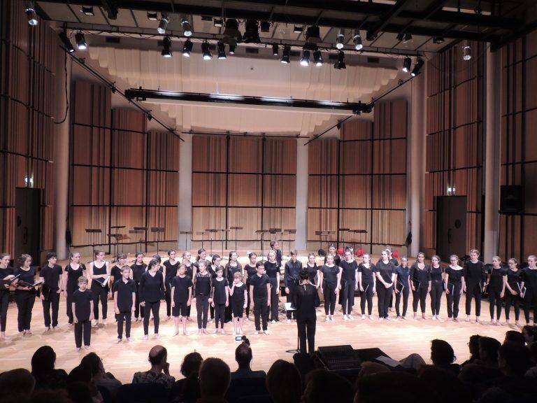 Willems® International Choir
